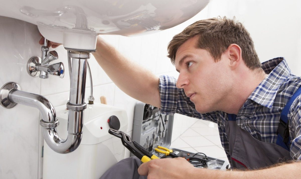 Top excuses why you must hire a professional plumber